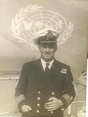 Captain_Samson_Port_Said_1956